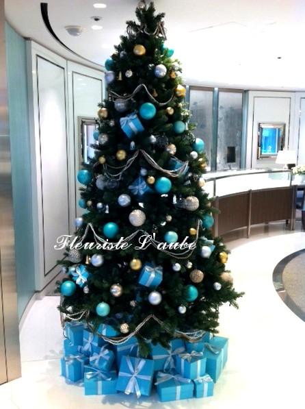 Tiffanyさまツリー装飾